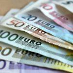 Un billet de chaque montant disponible en billets d'euros
